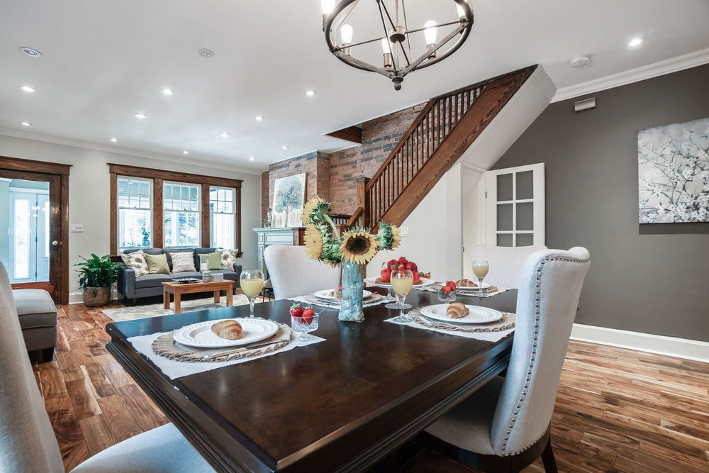 82 Linnsmore Cres Dining Area