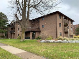 Condo for Sale in Port Colborne